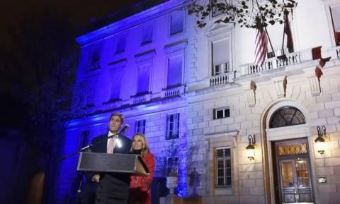 Γαλλία: Έφτασε στο Παρίσι ο Τζον Κέρι