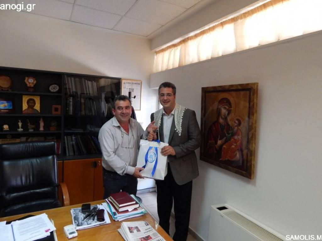 Αλώνει τα «κάστρα» του Μεϊμαράκη ο Απόστολος Τζιτζικώστας (photos)