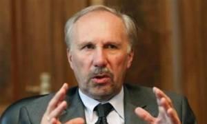Νοβότνι: Θέτει θέμα ελάφρυνσης του χρέους της Ελλάδας