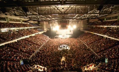 Εκκενώνεται και ο συναυλιακός χώρος TUI-Arena στο Ανόβερο