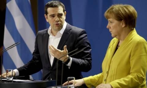 Tsipras-Merkel talks about refugee crisis