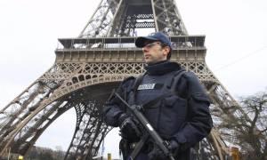 Επίθεση Παρίσι: Βίντεο πιστοποιεί την ύπαρξη και ένατου δράστη - Το τελευταίο μήνυμα των βομβιστών