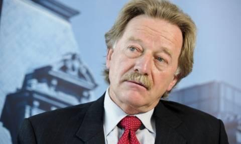 Υβ Μερς (ΕΚΤ):  Δεν δικαιολογείται  η καταστροφολογία μετά τις επιθέσεις στο Παρίσι