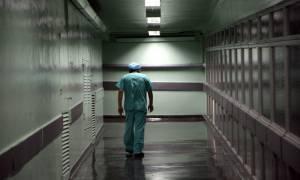 Είναι επικίνδυνοι: Τώρα διαλύουν την εγχώρια φαρμακοβιομηχανία και για… επικοινωνιακούς λόγους