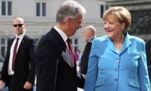 Συνάντηση Μέρκελ - Φάιμαν για το προσφυγικό