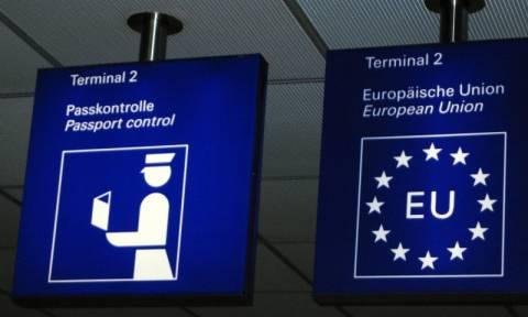 Daily Mail: Σχέδιο να πετάξουν εκτός Συνθήκης Σένγκεν την Ελλάδα