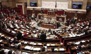 Παρατείνεται κατά τρεις μήνες η κατάσταση εκτάκτου ανάγκης στη Γαλλία