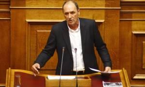 Σταθάκης: Οι ρυθμίσεις  προστατεύουν περισσότερο από το 80% των ελληνικών νοικοκυριών