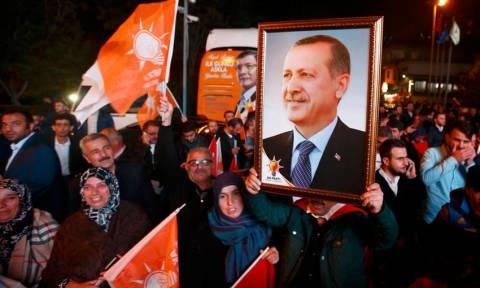 Τουρκία: Μόνο το 52% των πολιτών τάσσεται υπέρ της κριτικής στην κυβέρνηση
