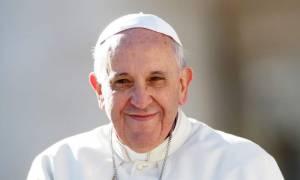 Ο πάπας Φραγκίσκος φοβάται τους κληρικούς που… δαγκώνουν!