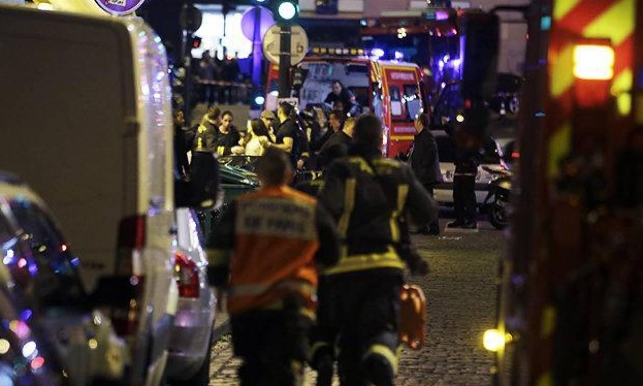 Επίθεση Παρίσι: Στα καμαρίνια των Eagles of Death Metal κρυβόταν ο κόσμος στο Μπατακλάν
