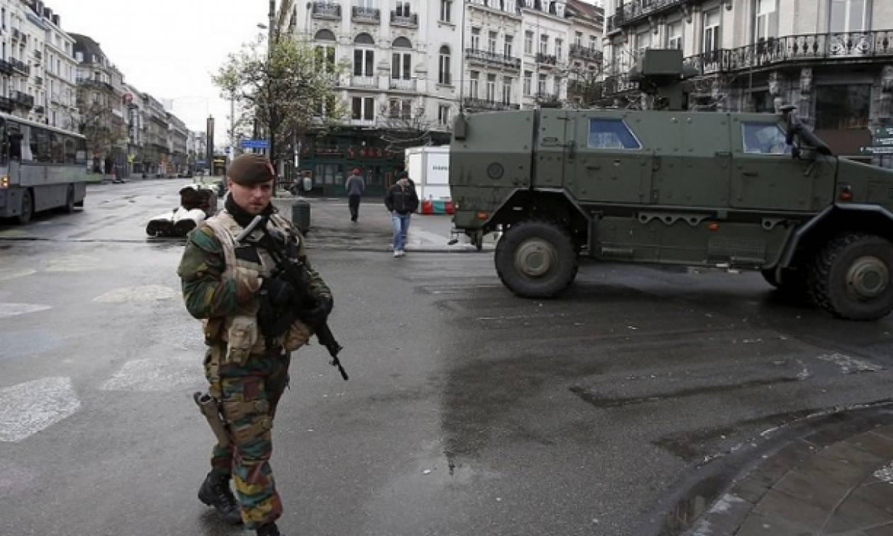 «Συναγερμός» στο Βέλγιο: Στο «πόδι» η αστυνομία για να εντοπίσει ένοπλο ζωσμένο με εκρηκτικά