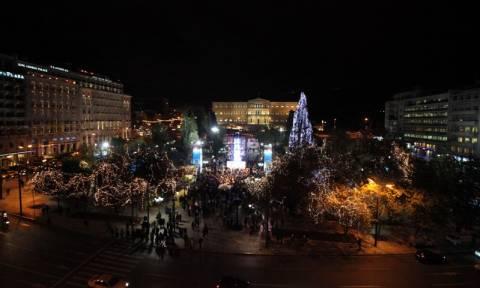 Βάζει τα γιορτινά της η Αθήνα - Φωταγωγείται την Τρίτη (24/11) εν όψει Χριστουγέννων