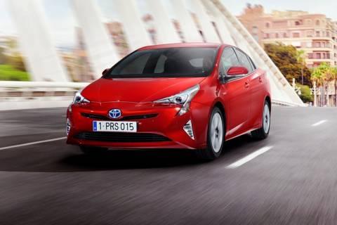 Toyota: Νέο Prius (photos)