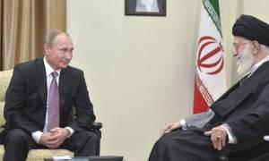 Συνάντηση Πούτιν- Χαμενεΐ: Oμοφωνία  απόψεων Μόσχας-Τεχεράνης