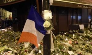 Η Γαλλία κηδεύει τα θύματα των τρομοκρατικών επιθέσεων