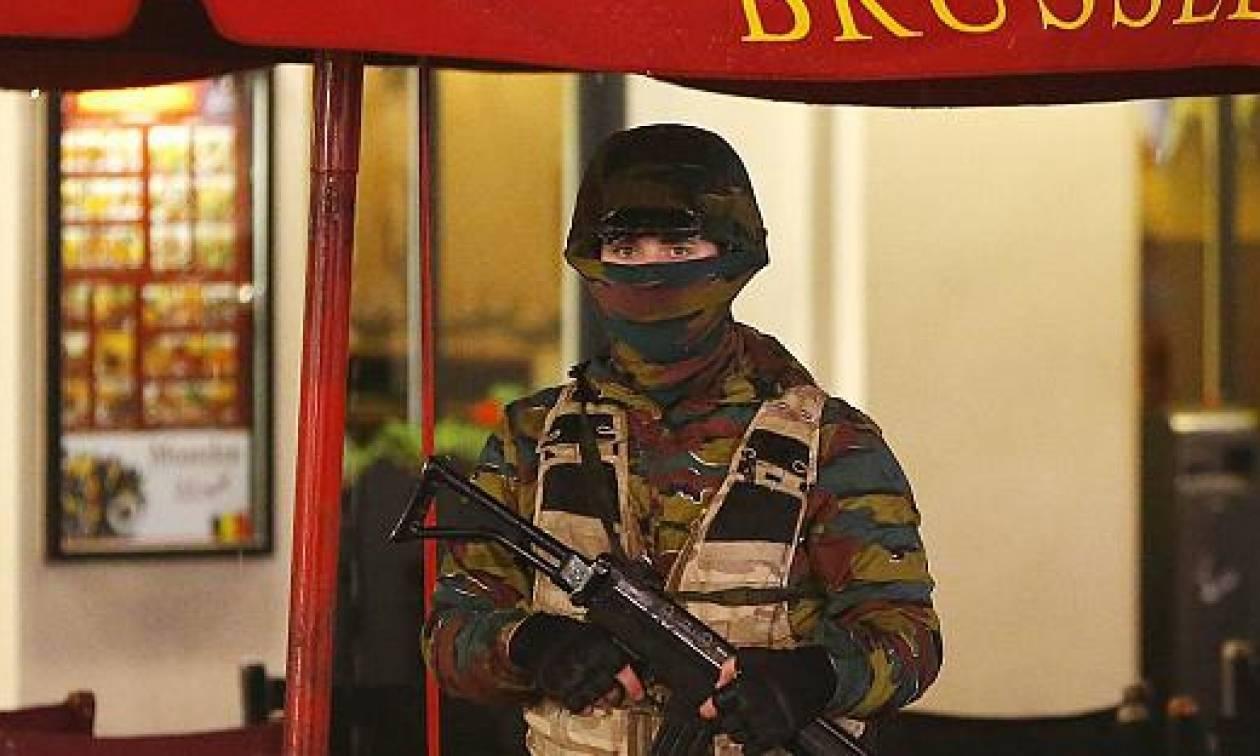 Παραμένουν σε κατάσταση συναγερμού οι Βρυξέλλες - Ενισχυμένα μέτρα ασφαλείας στους σταθμούς