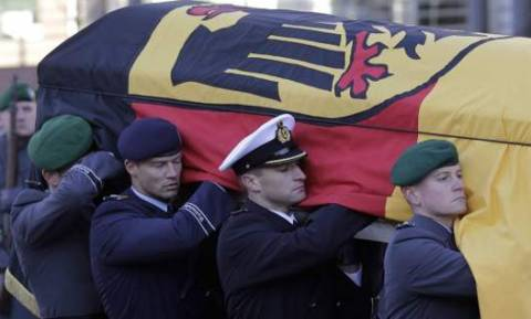 Αμβούργο: Το τελευταίο αντίο στον Χέλμουτ Σμιτ