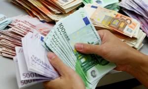 «Ναρκοπέδιο» φόρων και νέων μέτρων ο Προϋπολογισμός