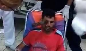 Πολύ σκληρές εικόνες: Γιατροί αφαιρούν μαχαίρι από το… μάτι τραυματία! (video)