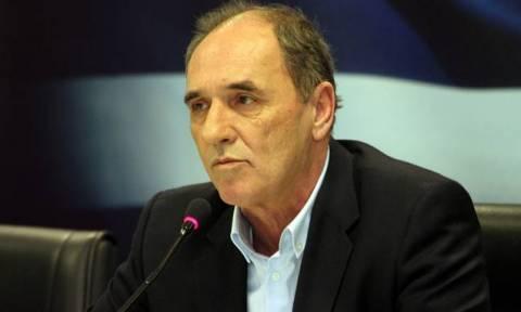 Σταθάκης: Η κυβέρνηση εγγυάται σταθερό επιχειρηματικό και φορολογικό περιβάλλον