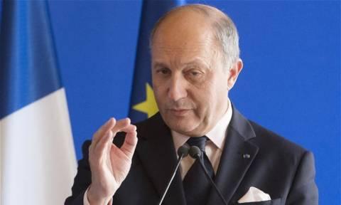 Γάλλος ΥΠΕΞ: Να συμμετάσχει και ο στρατός του Άσαντ στη μάχη κατά του ISIS