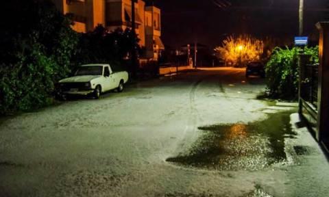 Πυκνό χιόνι πέφτει στα ορεινά της Ηπείρου - Έστρωσε... χαλάζι στην Πρέβεζα (photos)