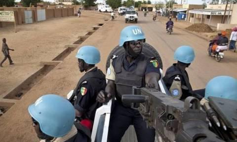 Suspected jihadists kill three at U.N. base in north Mali