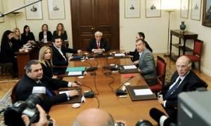 Συμβούλιο Πολιτικών Αρχηγών: Συντάσσεται κοινή ανακοίνωση