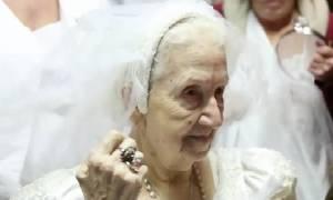 Τι κρύβεται πίσω από τον γάμο 85χρονης με 33χρονο στην Κεφαλονιά