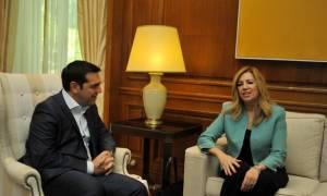 Συμβούλιο Πολιτικών Αρχηγών: Οι λεκτικοί …διαξιφισμοί Τσίπρα – Γεννηματά