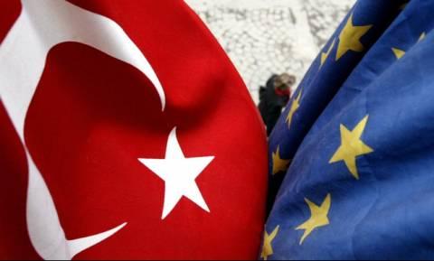 Reuters: Η Τουρκία ζητάει «μπαξίσι» ως αντάλλαγμα για το προσφυγικό
