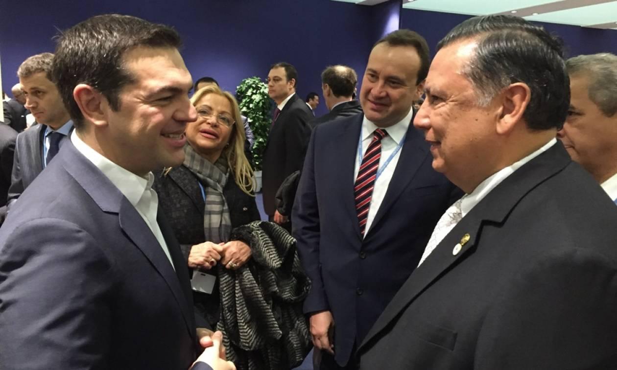 Με ποιους ηγέτες συναντήθηκε ο Τσίπρας στο Παρίσι