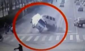 Λύθηκε το μυστήριο με την «ανεξήγητη δύναμη» που σήκωσε στον αέρα αυτοκίνητα; (video)