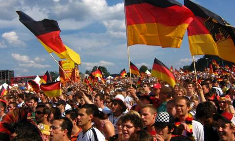 Γερμανία: Αισιόδοξοι για την επαγγελματική και κοινωνική τους προοπτική οι νέοι που ζουν στη χώρα
