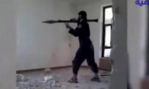 Τζιχαντιστής ανατινάχθηκε από ρουκέτα που εκτόξευσε ο ίδιος! (video)