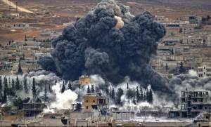 Οι ΗΠΑ εντείνουν τους βομβαρδισμούς στα διυλιστήρια που ελέγχει το IK