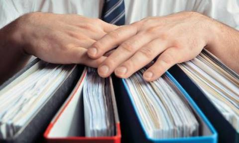 Στύλιος - Σπυράκη: Να μειωθεί η προμήθεια στις τραπεζικές συναλλαγές
