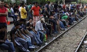 Καζάνι που βράζει η Ειδομένη - 6.000 μετανάστες παραμένουν στην ουδέτερη ζώνη