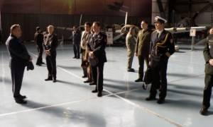 Επίσκεψη Ακολούθων Άμυνας στην Αεροπορική Βάση Δεκέλειας