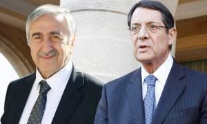 Συνάντηση Αναστασιάδη-Ακιντζί για τελευταίες εξελίξεις στο Κυπριακό