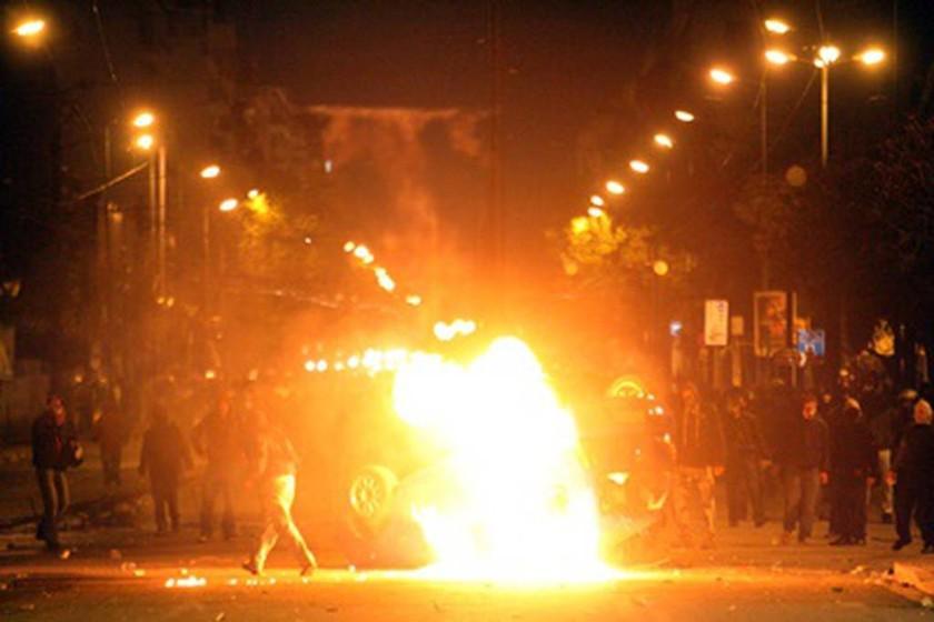 Δολοφονία Αλέξη Γρηγορόπουλου: Το Χρονικό του Μαύρου Δεκέμβρη του 2008 (photos + video)