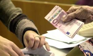 Εφιαλτικό σενάριο: Ζητούν μείωση 15% στις συντάξεις άνω των 800 ευρώ