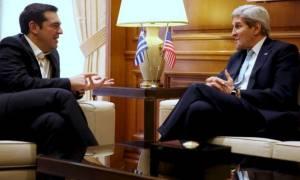 Μαξίμου: O Τζον Κέρι στηρίζει την Ελλάδα για την αναδιάρθρωση του χρέους