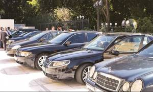 «Ναι» στις λιμουζίνες είπαν οι βουλευτές του ΣΥΡΙΖΑ για τις μετακινήσεις τους