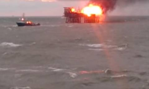 Αζερμπαϊτζάν - Socar: Τριάντα αγνοούμενοι στην πυρκαγιά σε εξέδρα πετρελαίου