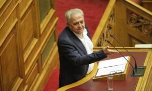 Προϋπολογισμός 2016: Απίστευτη λεκτική γκάφα Φλαμπουράρη στη Βουλή! - Διαβάστε τι είπε...
