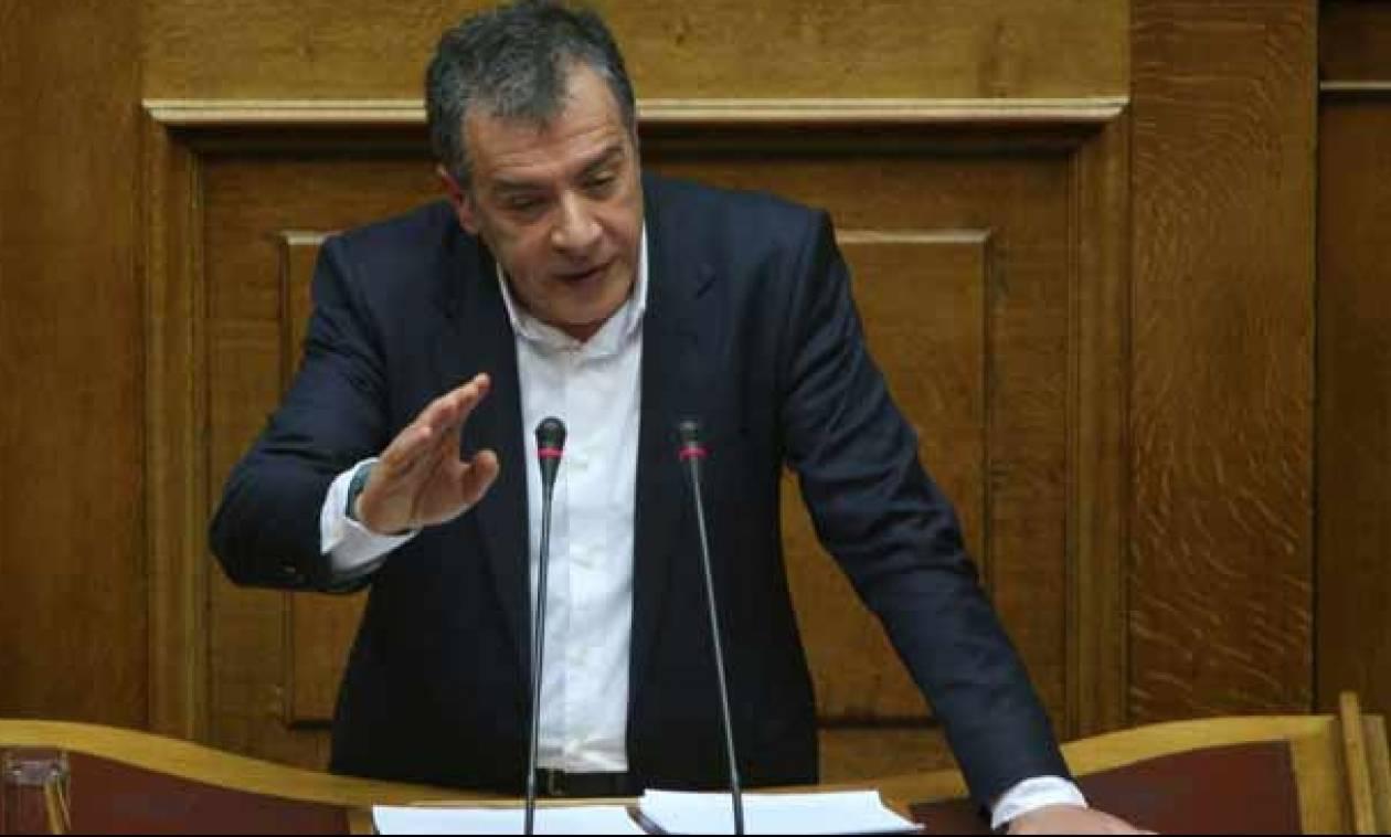 Προϋπολογισμός 2016 - Θεοδωράκης: Το όφελος της χώρας είναι να είμαστε αντίπαλοι (vid)