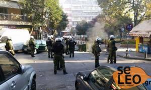 Επέτειος Γρηγορόπουλου: Επεισόδια με μολότοφ και χημικά στη Θεσσαλονίκη (pics&vid)