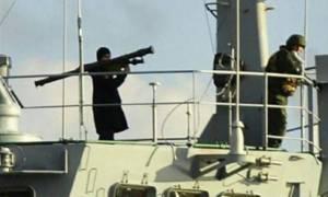 Νέα ένταση: Ρώσος ναύτης σημαδεύει την Τουρκία με ρουκετοβόλο